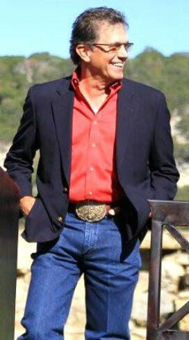 Cowboy-Rides-Away-2014 4dd61e6fe4d